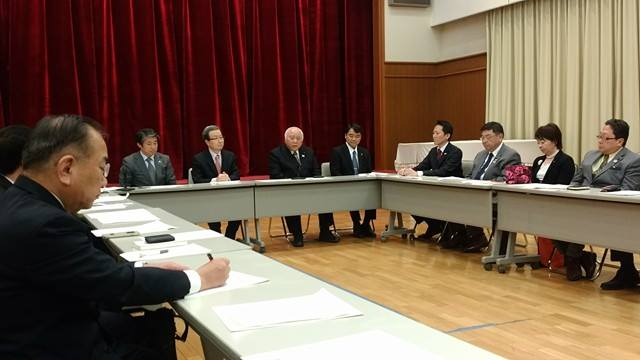 東京都日中・日中友好議員連盟訪中団「新春座談会」を開催