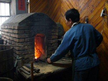 鋳剣の故郷、浙江省龍泉市に伝わる「龍泉宝剣」